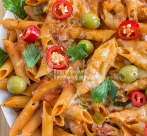 Authentic Spanish recipe ideas: Mediterranean pasta bake