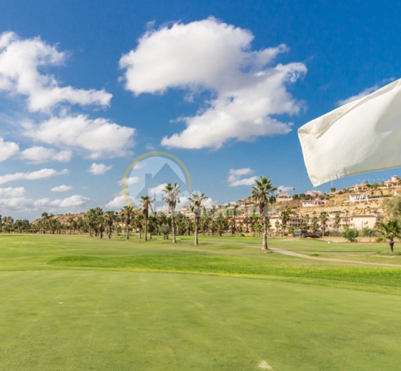The benefits of investing in Costa Blanca golf property in Spain