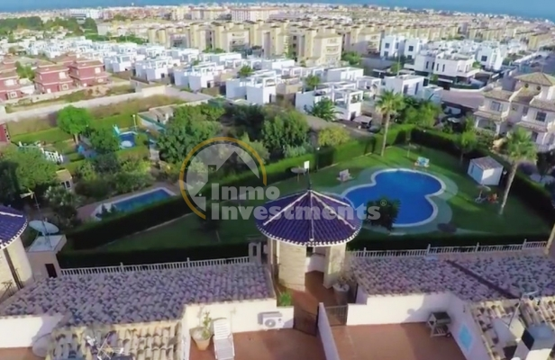 Our first video review: an apartment in Orihuela Costa