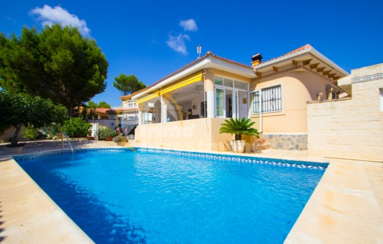 Alicante Province records increase in property sales