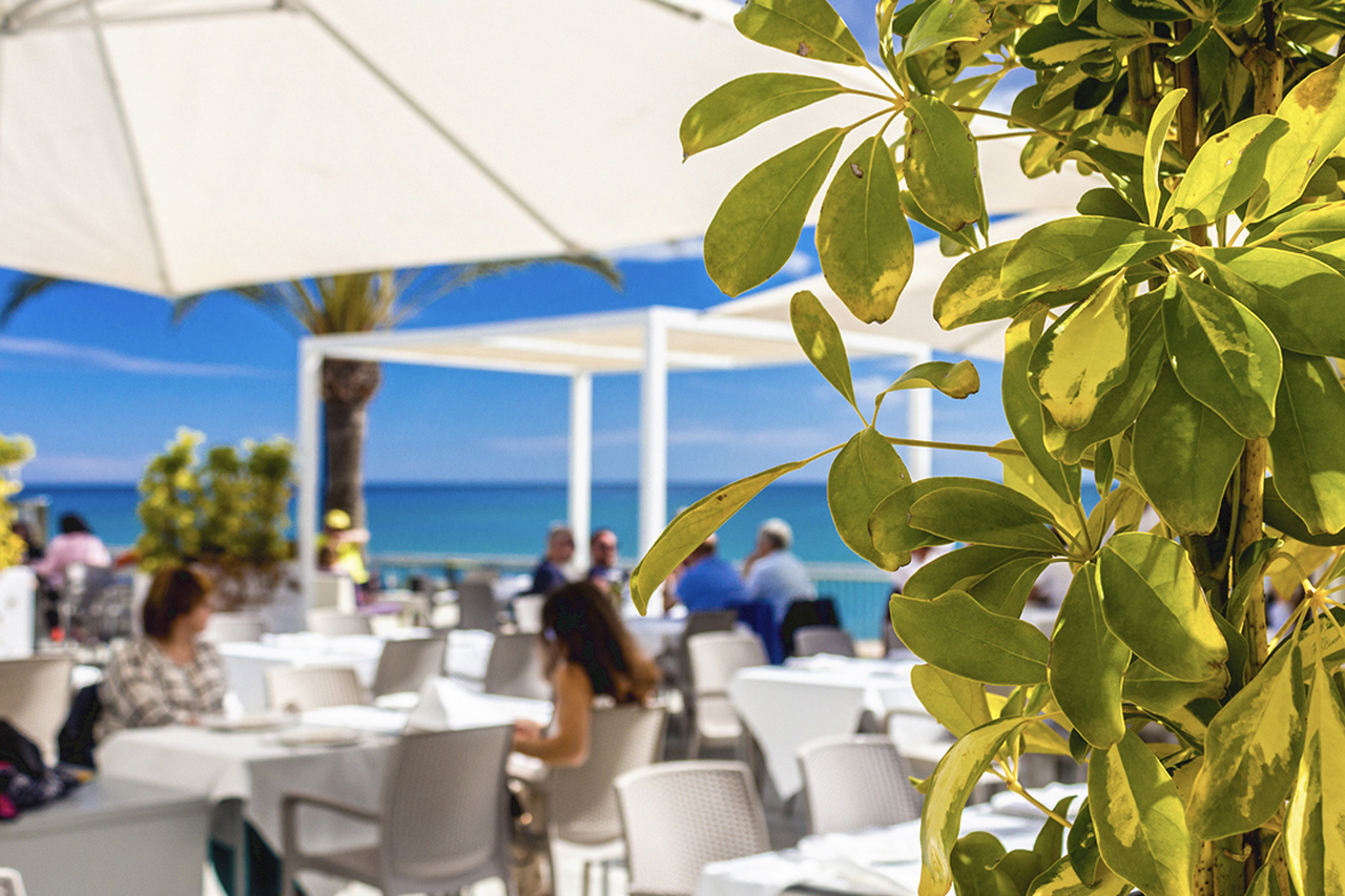 The Costa Blanca gets ready to welcome visitors to Spain this summer 2021