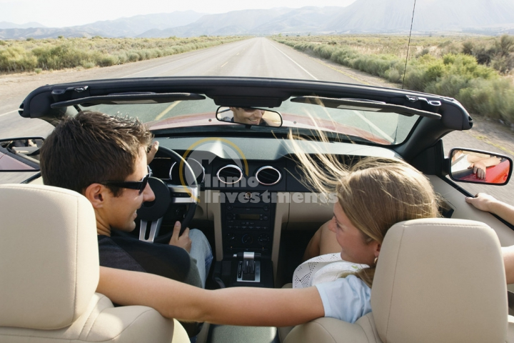 It´s official, women are better drivers (when accompanied by men)