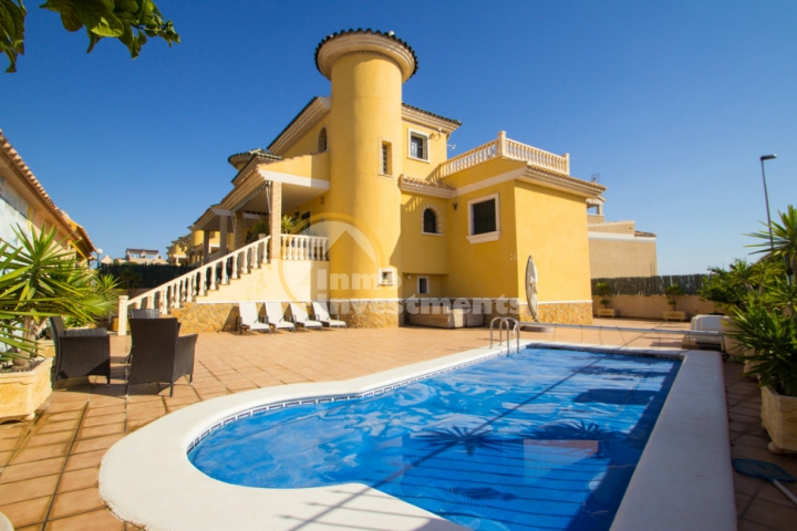 How to get the best price for your Costa Blanca property in Spain