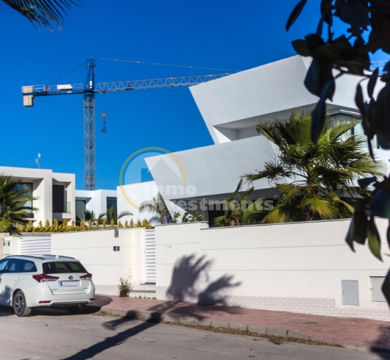 Licences for new build properties surge by 45% in Torrevieja, Spain