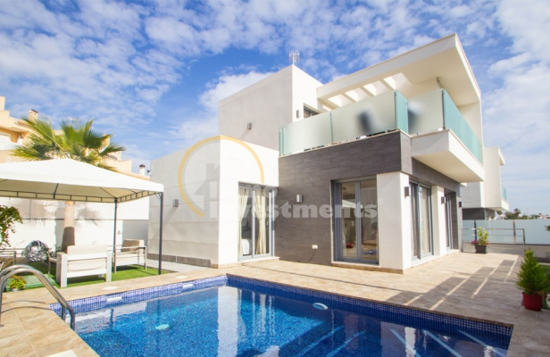 How to save money on your overseas property purchase in Spain